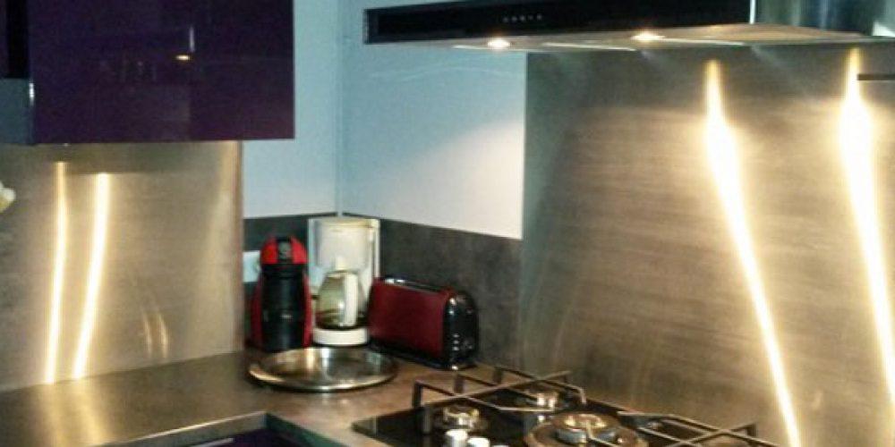 Crédence de cuisines : pourquoi opter pour l'inox ?