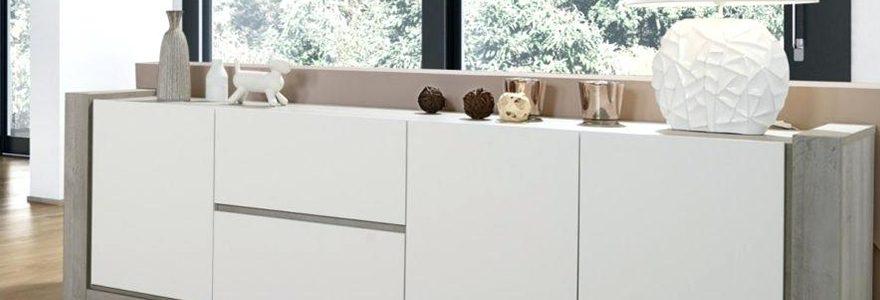 Comment décorer son entrée avec un meuble buffet ?